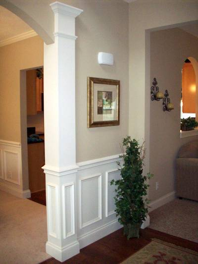column-with-deco-trim400